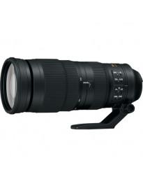 Nikon 200-500mm f/5.6E ED VR AF-S